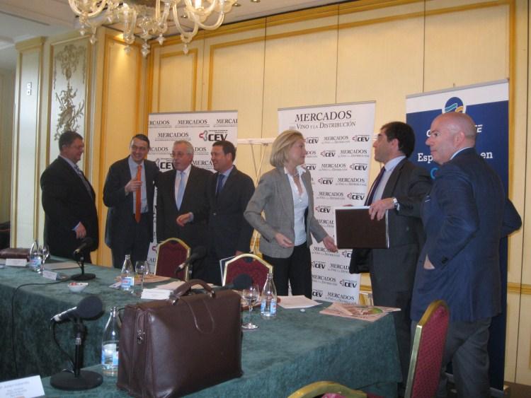Desayuno debate objetivo exportación 2011