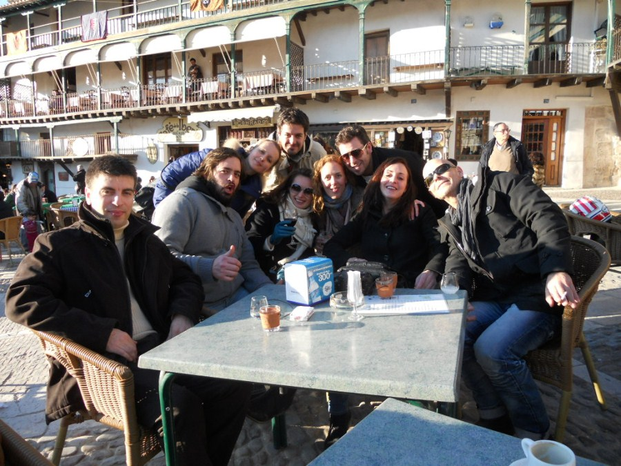 Disfrutando en la Plaza Mayor de Chinchón